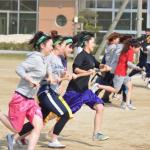 「渦巻きレース(町内対抗戦)=中学生は元気がいいですね~。」