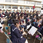 「大島中吹奏楽部の演奏で運動会スタート!」