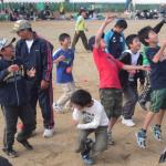 阿字ヶ浦小学校 おっ玉げー  玉入れジャンプ